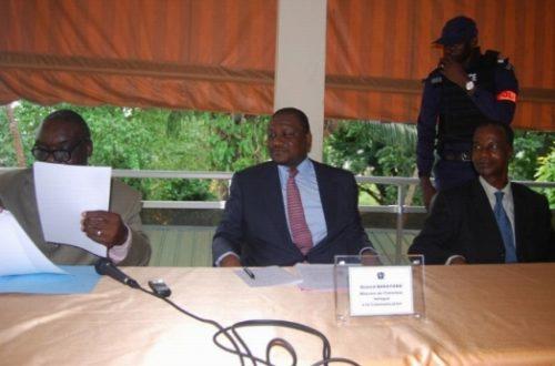 Article : Sortie de crise pour la presse ivoirienne