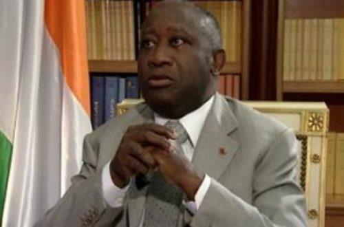Article : Gbagbo, chronique d'une sortie par la très petite porte
