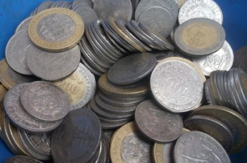 Article : Abidjan : la petite monnaie se vend !