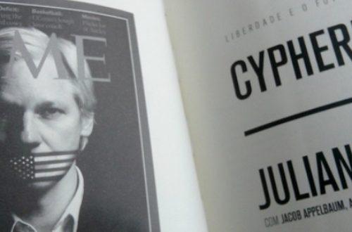 Article : Cypherpunks de Julian Assange: «Internet, c'est comme avoir un soldat sous son lit»