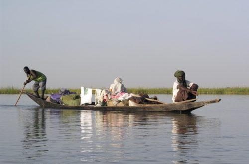 Article : Un nouveau moyen de transport à Nouakchott : les charrettes-taxis-pirogues
