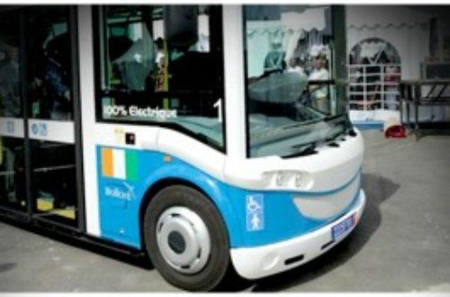 Article : Innovation. L'Université F.H.B accueille les premières navettes électriques de Bolloré