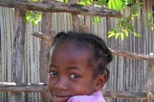 Article : Histoire de l'enfant malgache : «Ce que vaut la vie de ma famille»