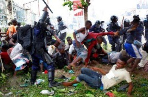 Article : La traque contre les marchands ambulants en RDC «préoccupe» le GEI-DH