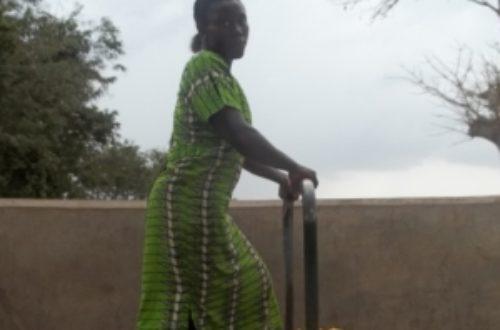 Article : Togo : de l'eau à la poubelle