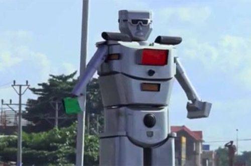 Article : Curiosité à Kinshasa : deux robots dirigent la circulation