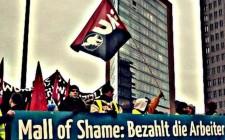P1110173-Manifestation-contre-le-Mall-de-la-Honte-a-Berlin-Potsdamer-Platz-2-1000x2882