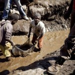Enfants travaillent dans les mines de diamant RDC url