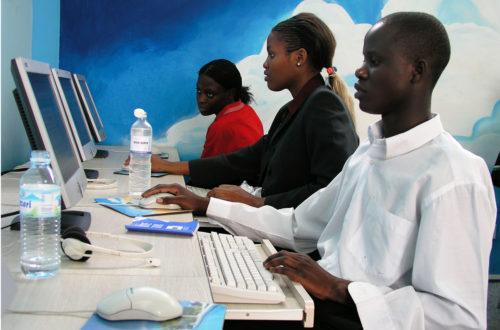 Article : Moi, ministre des TIC en RDC, je punirais pour « @gmail.com »