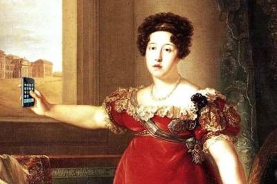 Reine Maria Isabel et son iPhone