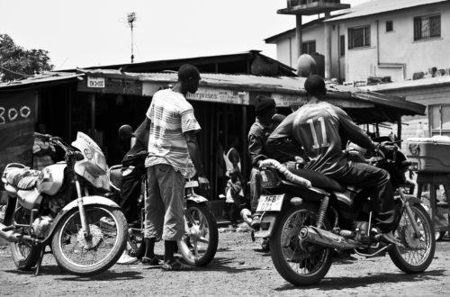 Article : Dans la peau d'un jeune Guinéen trafiquant de motos