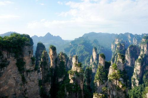 Article : Une étonnante passerelle de verre au-dessus du canyon de Zhangjiajie