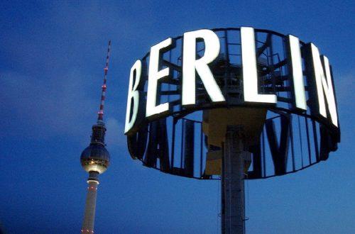 Article : Elle répondit : « Berlin, baby! »