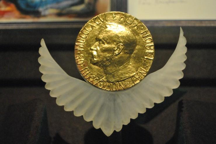 Pourquoi pas un Prix Nobel de la gouvernance ?