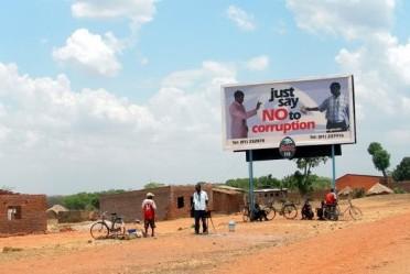 """Image montrant un panneau """" Just say NO to corruption"""" en Afrique"""