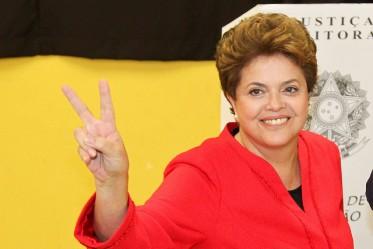 Dilma Rousseff, première femme élue présidente du Brésil, est destituée