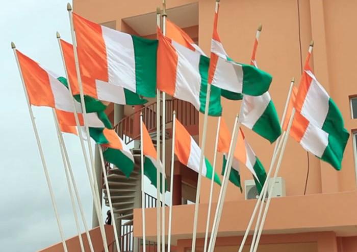 Image de drapeaux ivoiriens