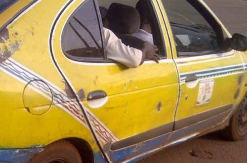 Article : Dans un taxi de Conakry (1)
