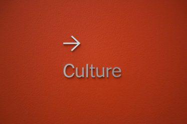 en avant la culture!