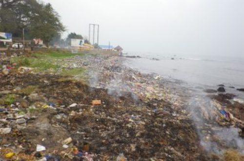 Article : Conakry, l'autre capitale mondiale des ordures