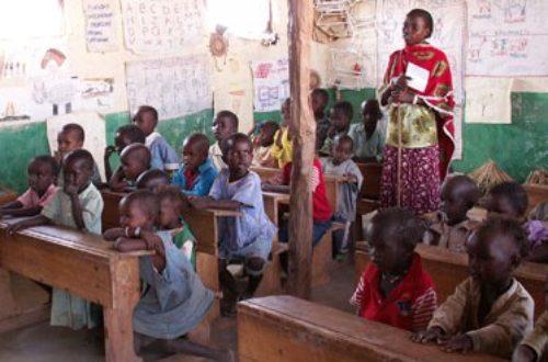 Article : Guinée : l'école marche sur la tête