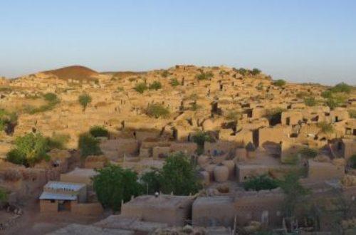 Article : Les funéraillesdans les villages Hausa