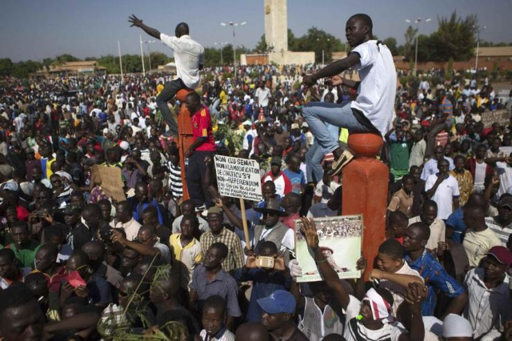 Les citoyens burkinabé manifestent