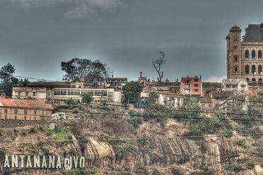 Les collines de Tana