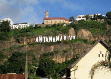 Lettres Antananarivo hauteurs de la ville