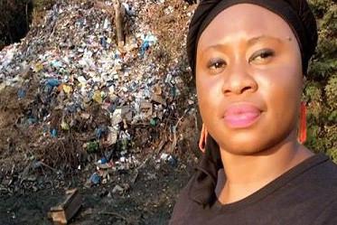 SelfieDéchets à Conakry, en Guinée.