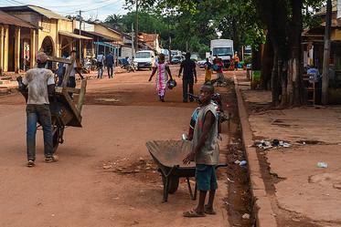 Les élections présidentielles françaises vues depuis la Côte d'Ivoire.