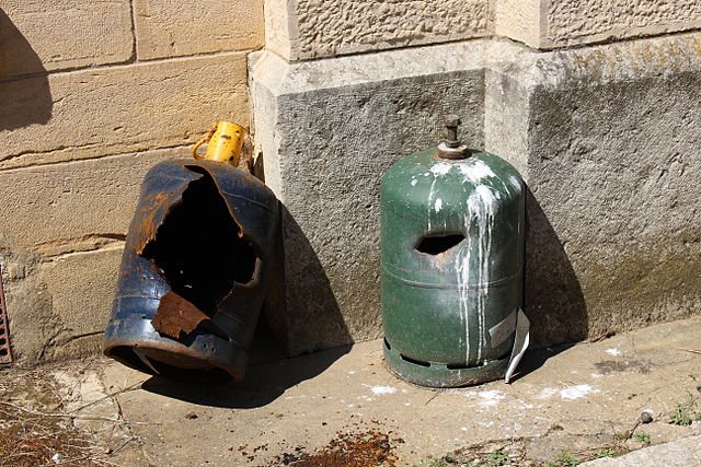 Bouteilles_de_gaz_explosées