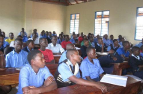 Article : Les TICE, une solution aux classes pléthoriques en Afrique