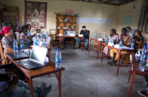Article : RDC : comment rapprocher les médias des personnes marginalisées afin qu'elles aient enfin une place dans la presse ?