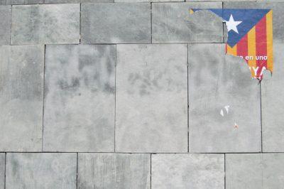 catalogne-espagne-barcelone-drapeau-independance