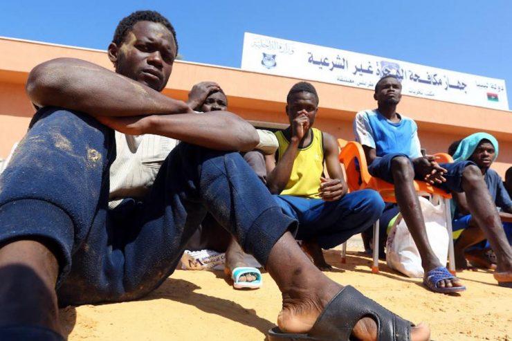 Migrants Libye © AFP/MAHMUD TURKIA