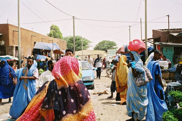 Nouakchott-marche-femmes-mauritanie-rue