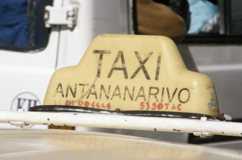Article : Taxi d'Antananarivo, les vieux tacos restent une solution