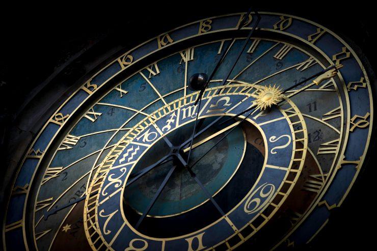 prague-horloge-astronomique-temps-cadran-aiguille-voyage