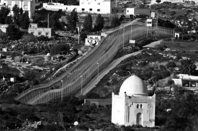melilla-espagne-maroc-frontiere-mur-barriere