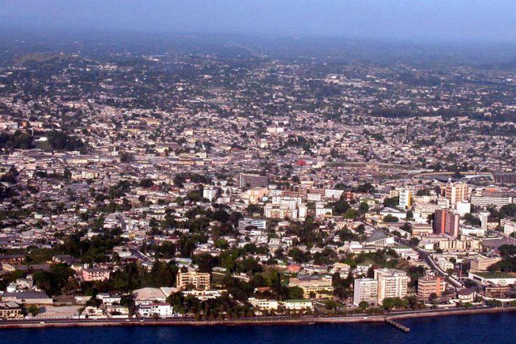 libreville-gabon-ville-vue-aerienne-immeubles