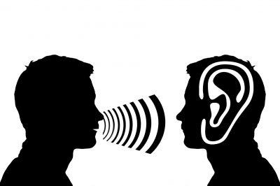 oreille-sourd-dialogue-parole-surdite