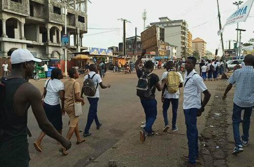 Article : En Guinée, la crise sociopolitique s'intensifie, les élèves terrés à la maison et les activités au ralenti