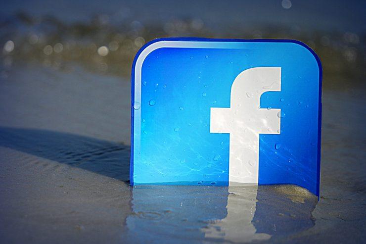 facebook-logo-plage