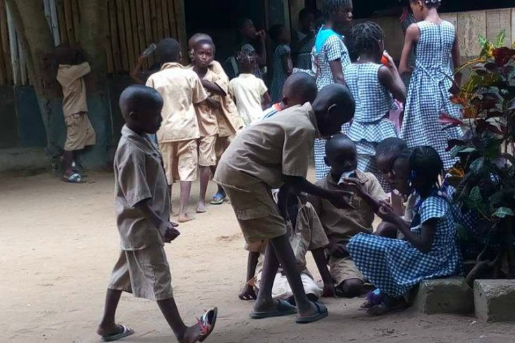 ecole-enfants-ecoliers-eleves-epp-bananikro-cote-ivoire-abidjan