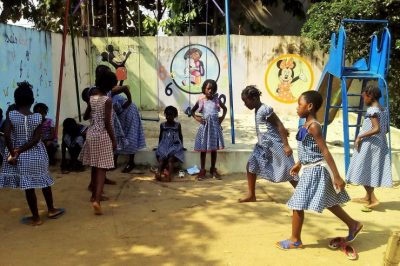Education, Côte d'Ivoire, centre d'accueil communautaire, enfance