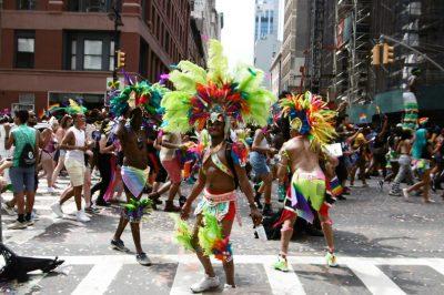 New-York-Pride-Parade-defile-gay-marche-fiertes