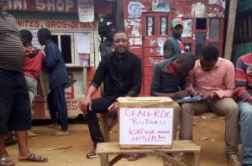 Article : Soucieux d'élire, des jeunes de Butembo et Beni improvisent leurs propres bureaux de vote