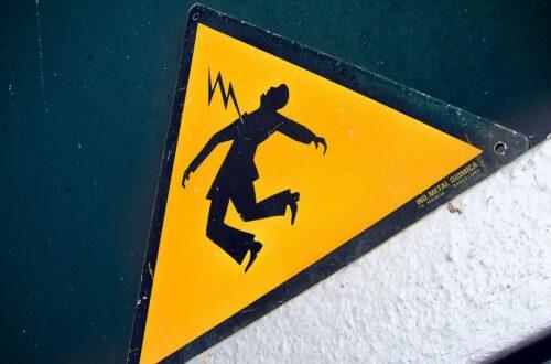 Article : Ratage de science : électrocution en plein cours de physique