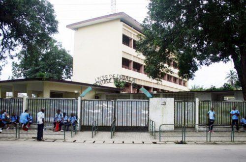Article : Élève assassiné au Lycée Bilingue de Deido : tous coupables !